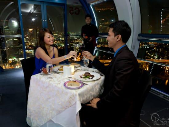 Singapore flyer dinner   honeymoon in singapore
