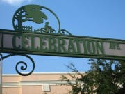 USA_Orlando_Gator Tours_Disney Celebration Town