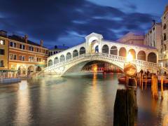 Rialto Bridge, Venice Grand Canal, night