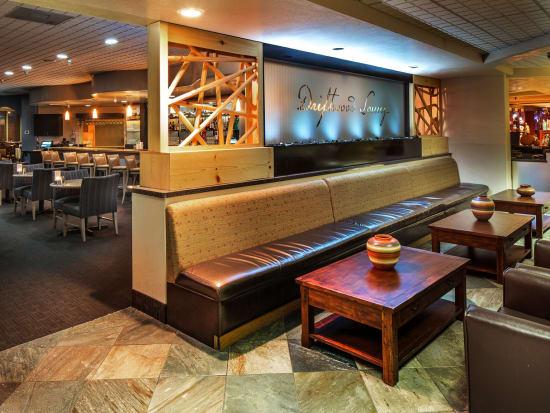 Driftwood Lounge