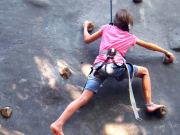 Papakits-wall-climbing3