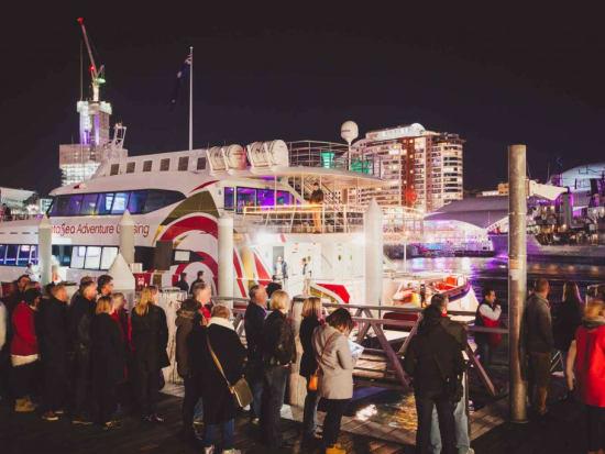 new year cruise sydney tourists boarding cruise