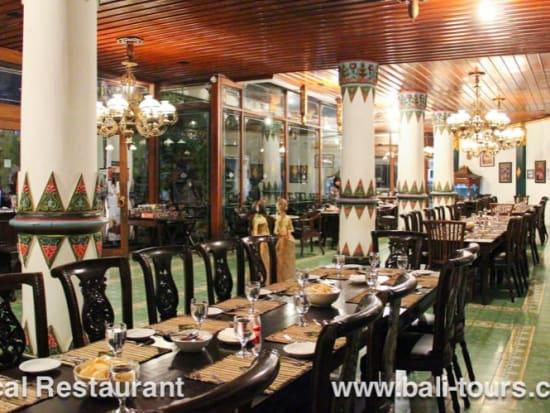 07_local_restaurant_03