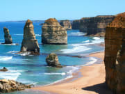 cropped Australia_Melbourne_Great_Ocean_Road_12_Apostles_shutterstock_1937761