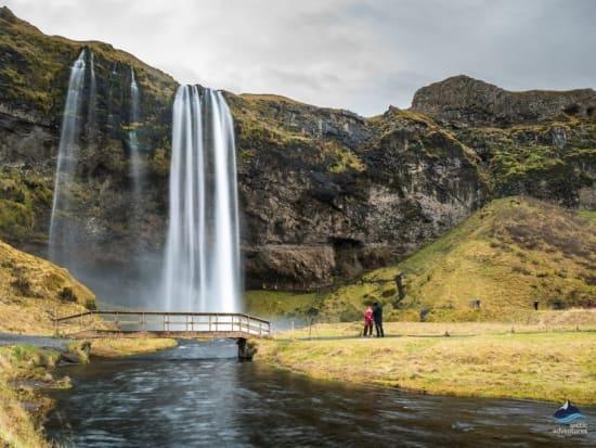 Seljalandsfoss-Waterfall-South-Coast-Iceland-4-1024x684