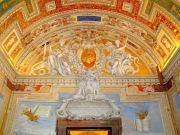 vatican_museum_ceiling-shut