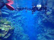 Silfra-fissure-snorkeling-tour-Iceland56-1024x682