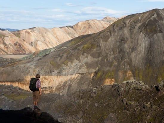 2000x1333_hiking_landmannalaugar_day_hike_gallery5