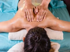 10.Museflower Retreat and Spa.signature_aromatherapy_massage_at_museflower_spa