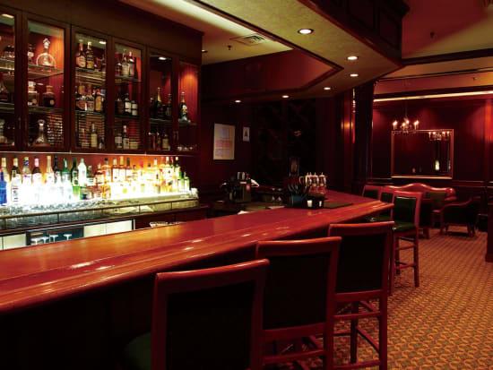 06 Manhattan Steakhouse Lounge (2) Interior