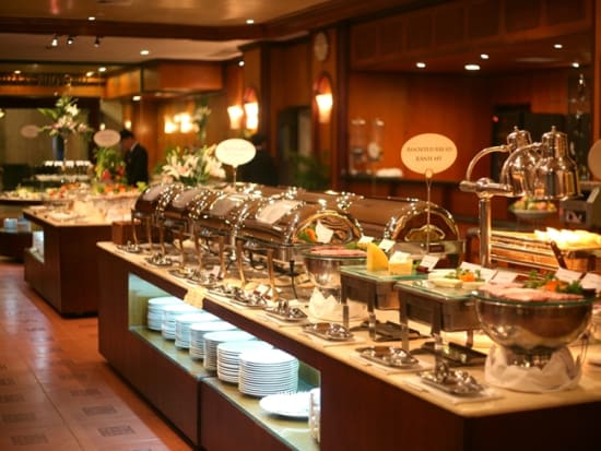 Halong Plaza Buffet.1