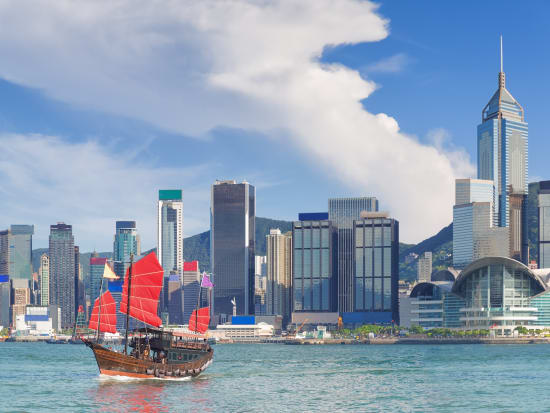 Half Day Hong Kong Island Tour With Airport Transfers For Two Day Stopovers