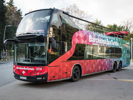 Barcelona Hop On Hop Off Sightseeing Bus Tour with Audio Guide ... 5f8b5635c76