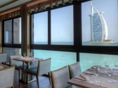 madinat-jumeirah-pierchic-inside-restaurant-02-hero