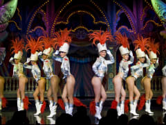 Majorettes at Moulin Rouge Feerie
