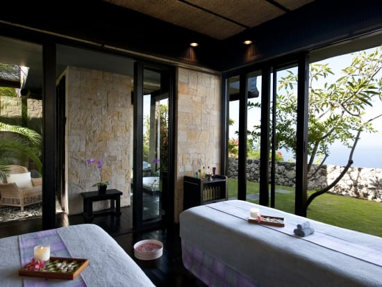 The Spa Couple Room.1