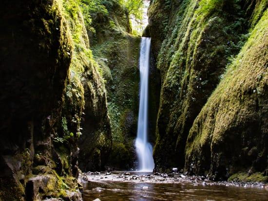 USA_Portland_Evergreen Escapes_Gorge Waterfalls