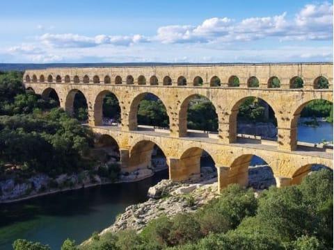 フランス(アヴィニョン)旅行の観光・オプショナルツアー予約 VELTRA(ベルトラ)