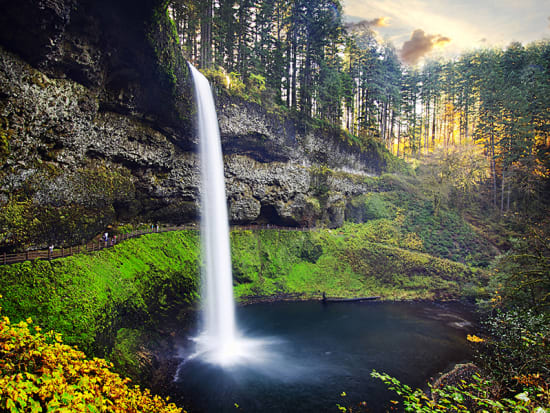 USA_Portland_Evergreen_Willamette Waterfall