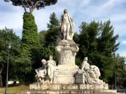 italy_rome_villa-borghese-garden_shutterstock_109791692