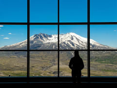 USA_Portland_Evergreen Escapes_Mount St Helen
