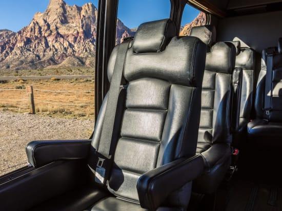 DETOURS-Vehicle-Interior-Single-Seat (1)