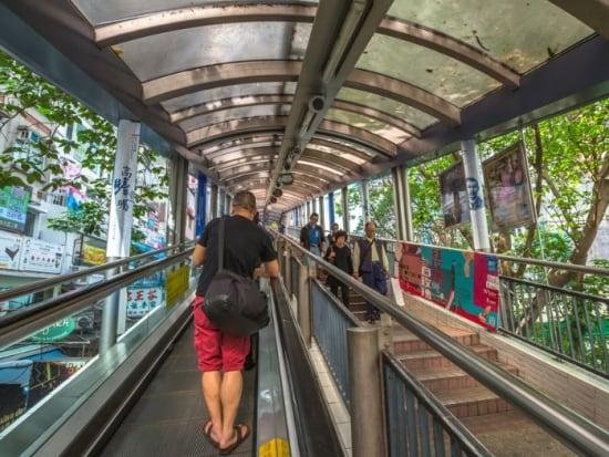 Hong Kong_Central-Mid-levels Escalator_543771196