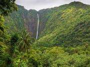 Hawaii_Big Island_Kapohokine_Hiilawe Falls