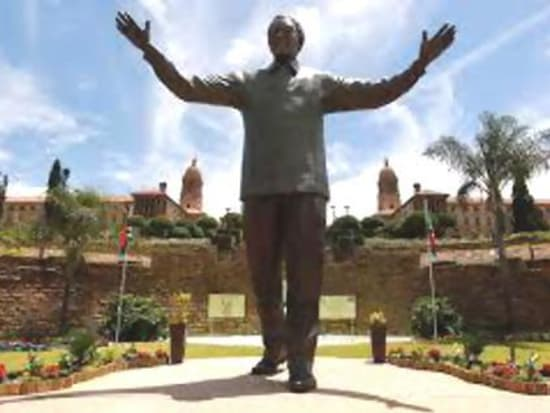 Mandela (1)