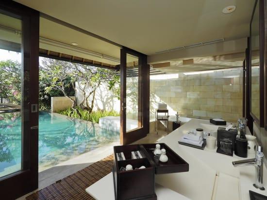 bale-Single-Pavilion-bathroom