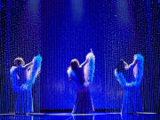 (l-r) Ibinabo Jack, Liisi LaFontaine and Amber Riley in Dreamgirls at the Savoy Theatre. Credit Brinkhoff & Mögenburg (2)