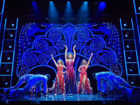 (l-r) Lily Frazer, Liisi LaFontaine and Ibinabo Jack in Dreamgirls at the Savoy Theatre. Credit Brinkhoff & Mögenburg (2)