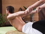 Generic_Spa_Thai_Yoga_Massage_123RF_23258961_M