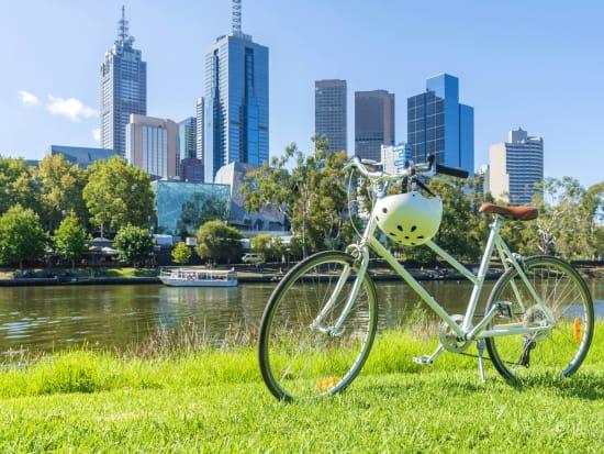 Australia_Melbourne_bike_shutterstock_387378460