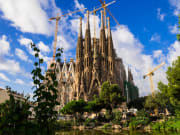 Spain_Barcelona_Sagrada_Familia_PIXTA_8587760