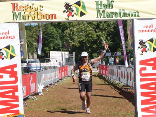ThatRunninGuy-Reggae-Marathon-finish