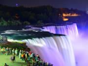 USA_NewYork_Canada_Ontario_Niagara_Falls_Night_Lightingup_shutterstock_147272045