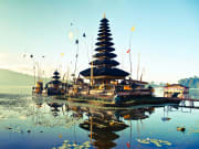 Bali Floating Ulun Danu Beratan Temple