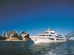 cruise ship sailing sydney harbour half day tour