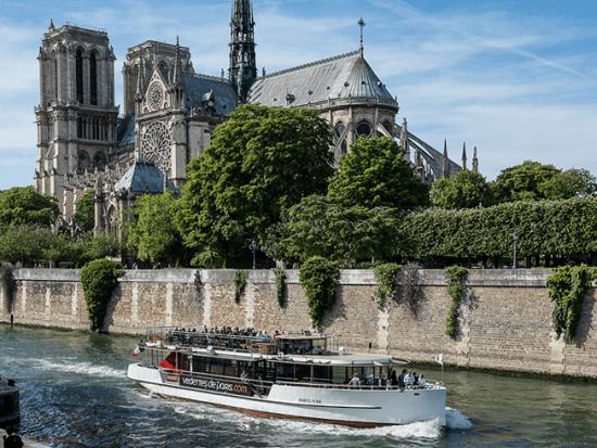 France, Paris, Seine River Cruise
