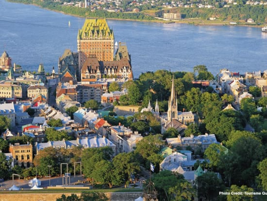 Canada_Montreal_Gray Line_Quebec City