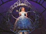 WICKED_photo_Glinda Bubble_New York_Broadway