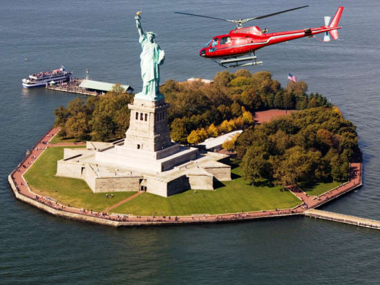 Helicopter Flight over the Empire State Building, Statue of Liberty and More