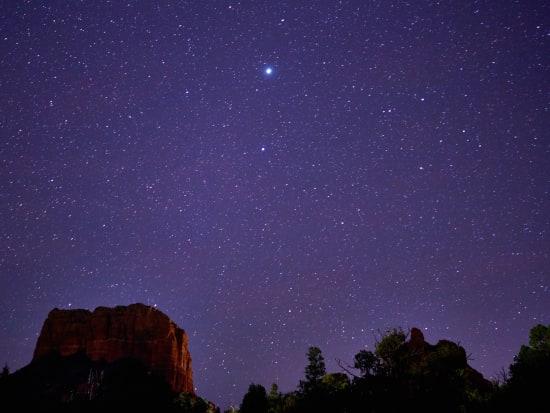 America_Sedona_Night_shutterstock_671677306