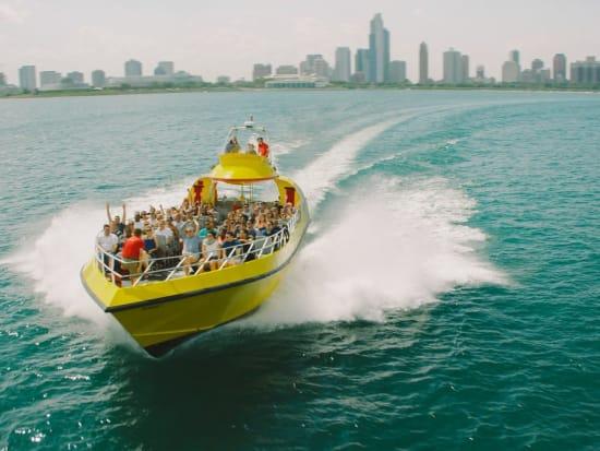 USA_Chicago_Lake Michigan_Airboat cruise