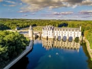 France_Loire_Valley_Chateau_de_Chenonceau_Castle_shutterstock_698368123 2
