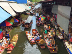 Thailand_Bangkok_Damnoen_Saduak_Floating_Market_shutterstock_689194033