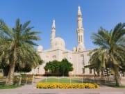 UAE_Dubai_Jumeirah_Mosque_shutterstock_100089674