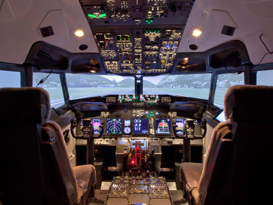 Boeing 737 Flight Simulator at Singapore Flyer