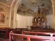 rsz_inside_church-900x500